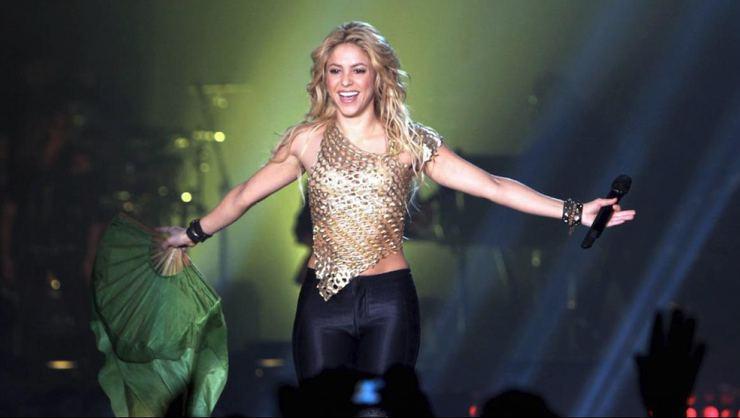Shakira acusada de seis delitos fiscales