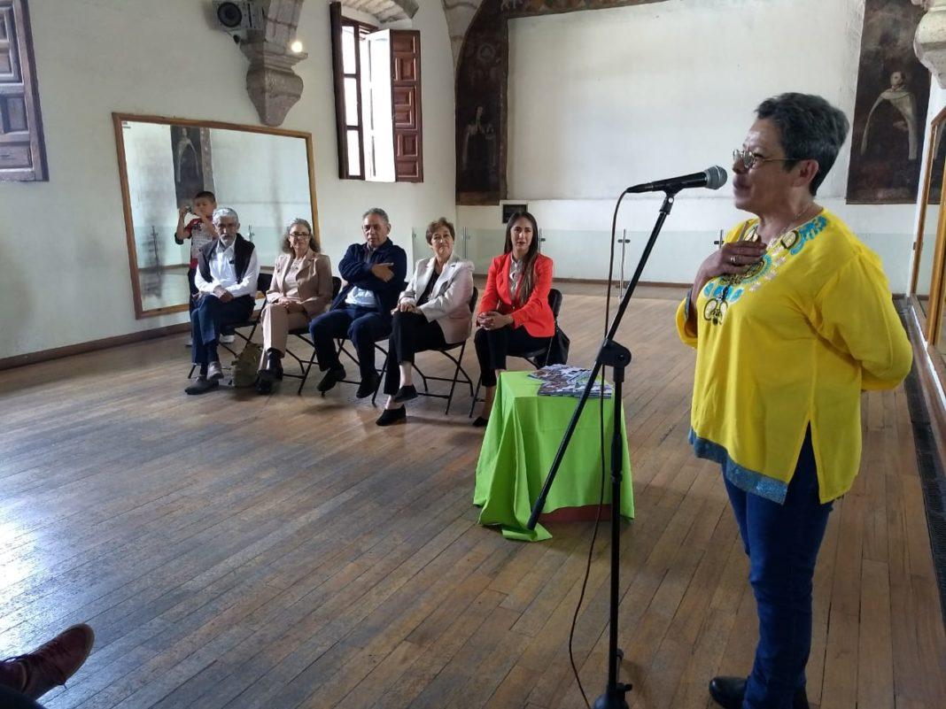 "Jóvenes de comunidades, presentan catálogo ""Memoria"""