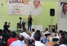Perredistas se reúnen con militancia en Pátzcuaro