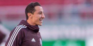 Andrés Guardado pide a aficionados poner los pies en la tierra