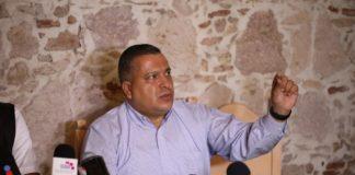 Contrademandará Mireles; va contra funcionarios y exfuncionarios