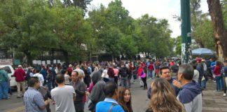 CNTE bloquea Ventura Puente; exigen pagos atrasados