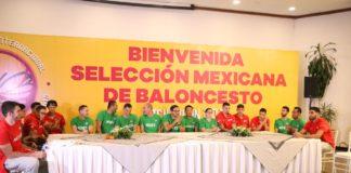 Brindan bienvenida a los 12 Guerreros