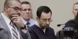 Atacan en prisión al médico abusador Larry Nassar