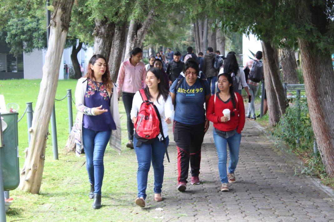 26 mil alumnos abandonaron nivel medio superior en 2017-2018 en Michoacán