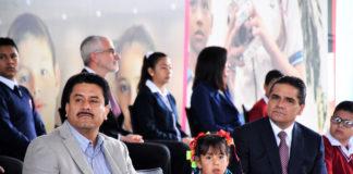 Igualdad social solo mediante la educación: Roberto Carlos López