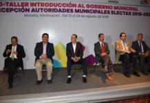 Transición municipal transparente beneficia a michoacanos: Roberto Carlos López