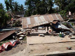 Suman 460 muertos pos sismo en Indonesia