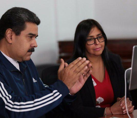 Pierden venezolanos ceros en su moneda