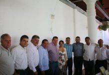Gestiona Octavio Ocampo proyectos para municipios