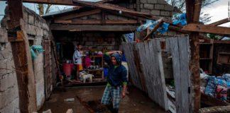Incrementa a 74 las muertes en Filipinas por tifón