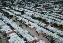 Suman tres personas muertas por inundaciones en Sinaloa