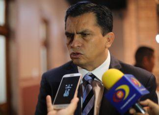 AMLO pretende ser una monarquía en el gobierno: diputado