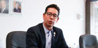 Compromete Pérez Negrón que no habrá nuevos impuestos en próxima administración