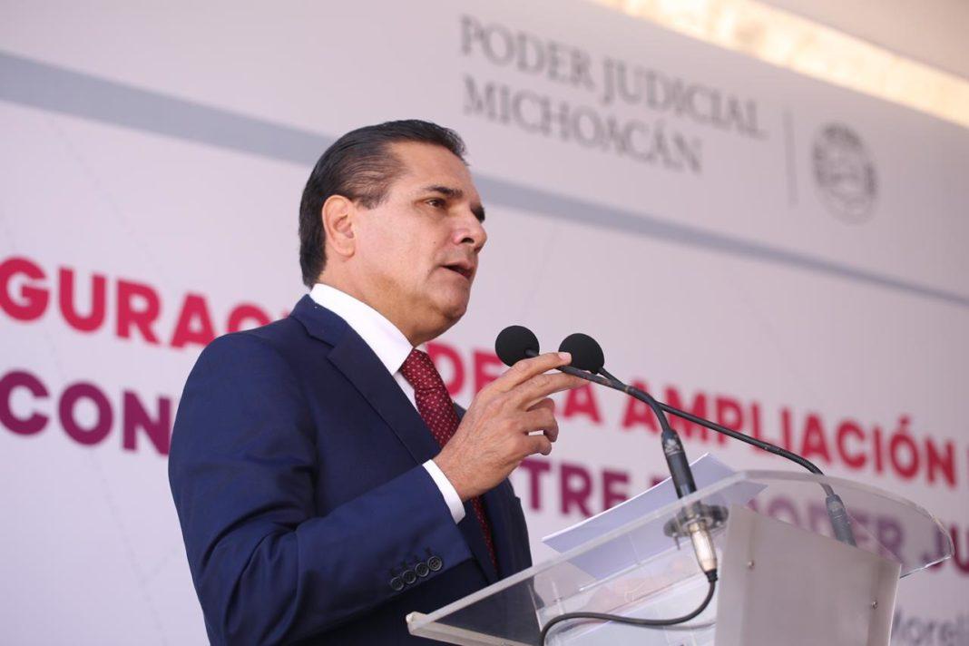"""Admite Silvano que son """"legítimas"""" las demandas de la CNTE"""