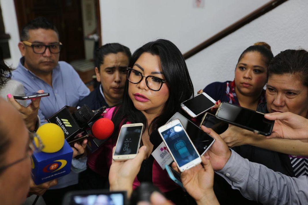 "Lamenta Brenda Fraga ""prisas"" para elegir fiscal"