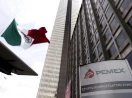 Baja Fitch de estable a negativa perspectiva de Pemex