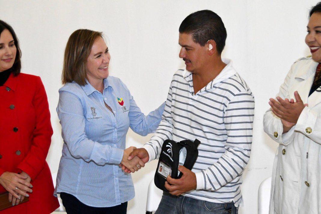 Inicia DIF Michoacán entrega de 339 aparatos auditivos