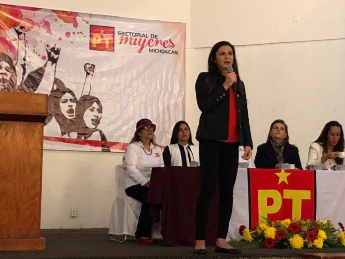 Regular redes sociales para evitar discriminación, expone Ana Guevara