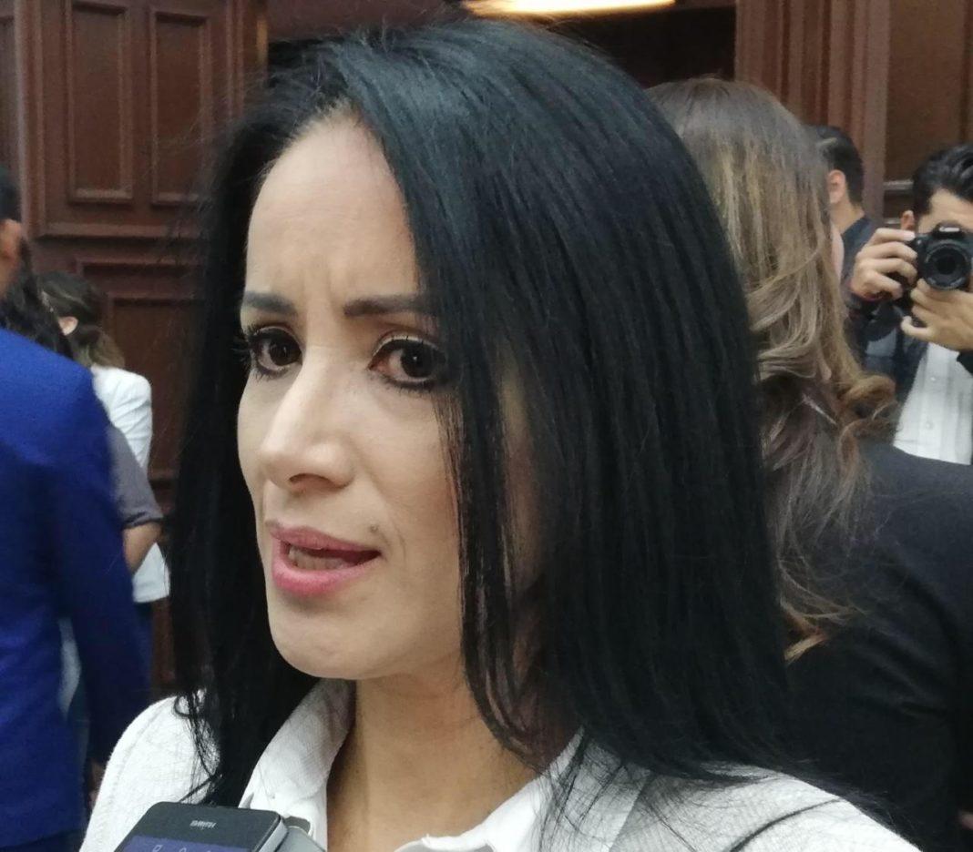 Migrantes víctimas de violencia, no denuncian por miedo a la deportación: Lucila Martínez