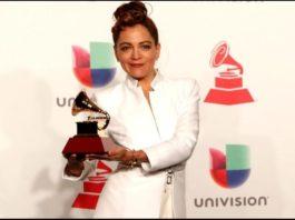 "Natalia Lafourcade le dice a Maluma: ""siempre hago caritas"""