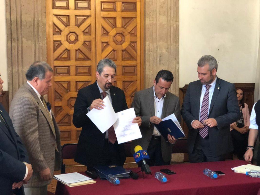 Entrega UMSNH exhorto al Congreso michoacano