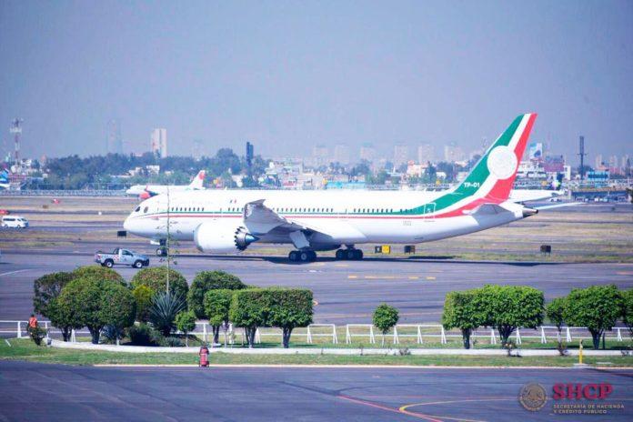 Avión presidencial despega de México a EU para su venta