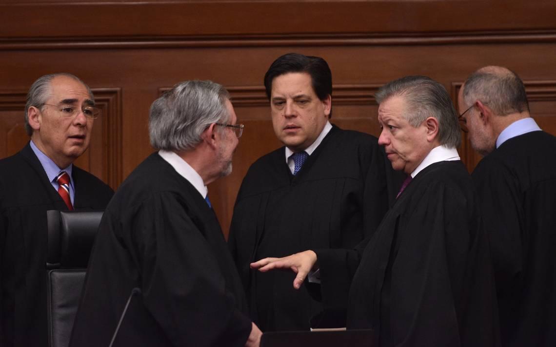 AMLO interpone recurso por Ley de Remuneraciones