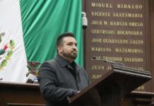 Poner fin a la basificación discrecional en Michoacán propone Erik Juárez