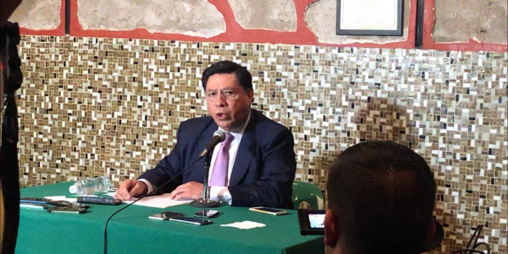Denuncia penalmente Jesús Reyna a funcionarios federales