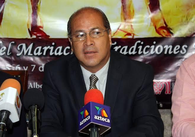 El músico Raúl Olmos asume la rectoría del Conservatorio de las Rosas