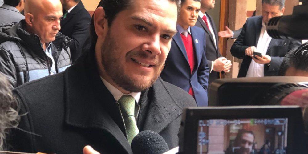 Exige Eduardo Orihuela regularización en el suministro de gasolina