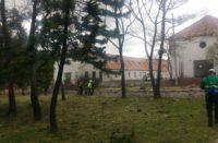 Explosión en escuela deja al menos ocho muertos