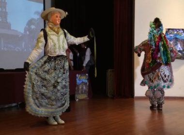San Juan Parangaricutiro prepara su tradicional competencia de la danza de los Kurpites