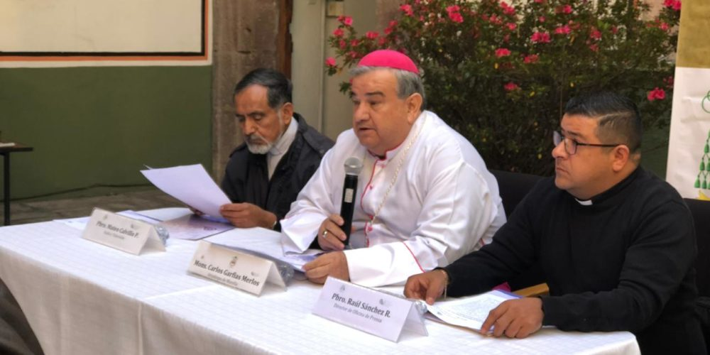 Fomentar educación humanizada, pide arzobispo a rector nicolaita