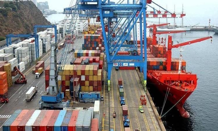 México registra superávit comercial