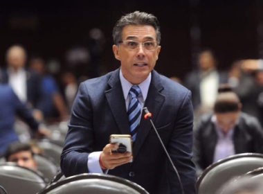 Sergio Mayer buscará que el Tianguis Artesanal sea considerado Patrimonio Cultural de México