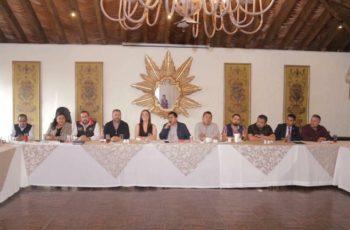 Extribu política del PRD con un pie dentro de Morena