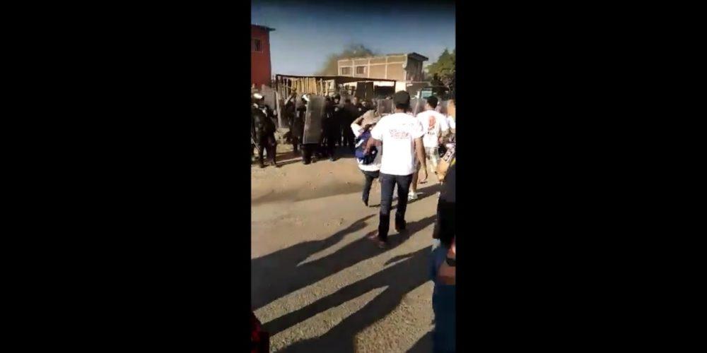 Conato de bronca entre policía y CNTE en Huetamo