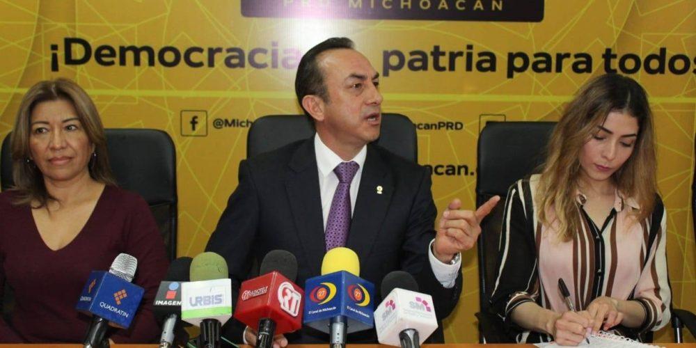 """""""No somos cobardes"""": PRD sobre participación de funcionarios en bronca con CNTE"""