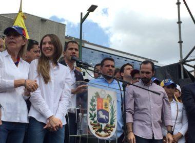 Regresa Guaidó a Venezuela y convoca movilización
