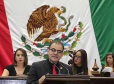 Licencias y renuncias de diputados y gobernador sin condicionantes propone Balta Gaona