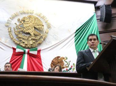 Busca Ernesto Núñez crear causales de reversión en la adopción