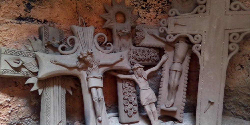 40 artesanos de Capula participaran en la Expo Cruz de Barro