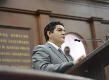 Refrenda AMLO compromiso con desarrollo educativo de México: Antonio Madriz