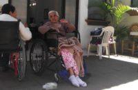 Invita club de fans de Gloria Trevi a donar para adultos mayores