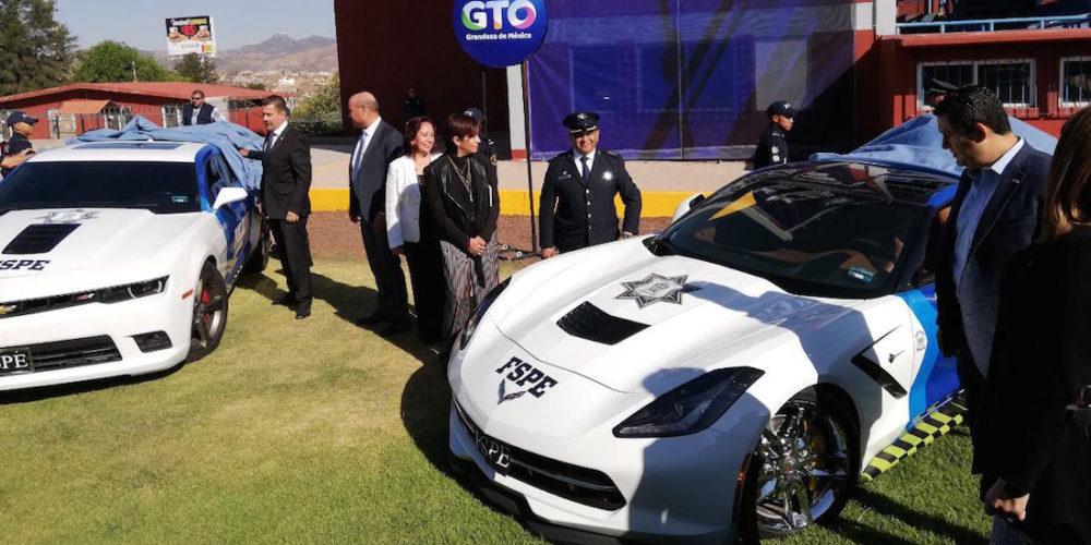 En Camaro, Mustang, Cadillacs y Corvette, así la policía de Guanajuato