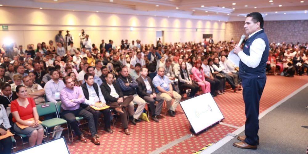 Se hará cargo la Federación del sistema educativo de Michoacán — AMLO