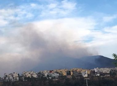 Atienden brigadistas incendio en Cerro Verde de Morelia