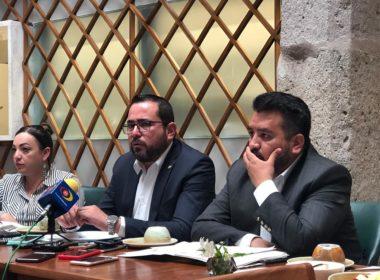 Van Michoacán y Guerrero por defensa de la ZEE